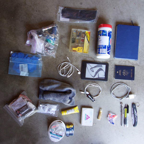 Items that I foresaw staying in my tank bag.